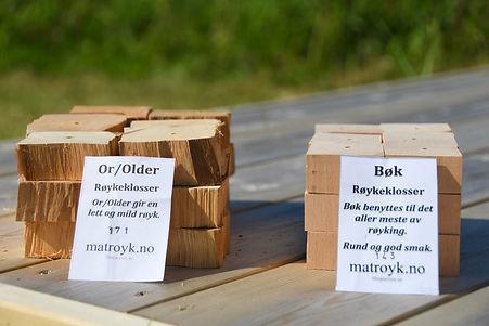 Røykeklosser_older_og_bøk.jpg
