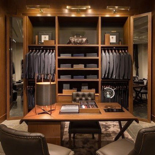 Store Openings_ Massimo Dutti Comes Stat