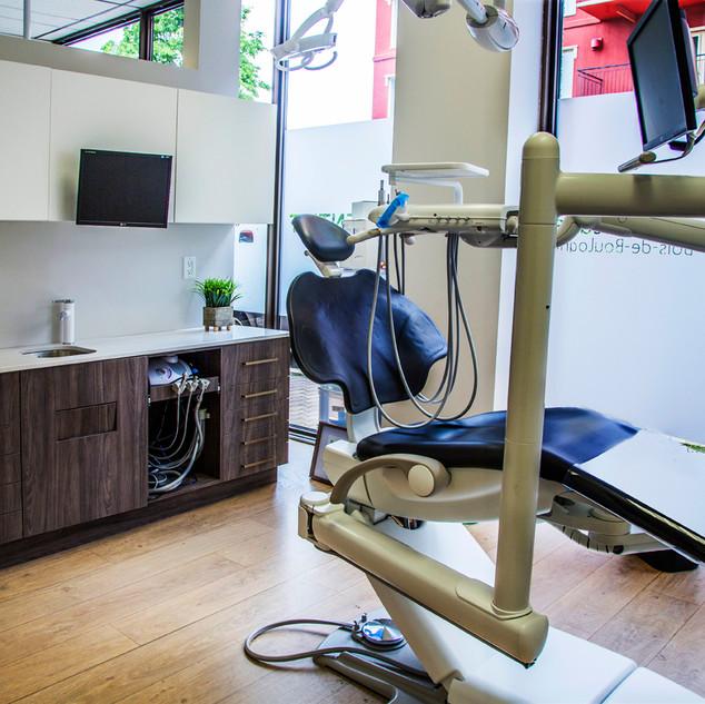 Dental surgery clinic