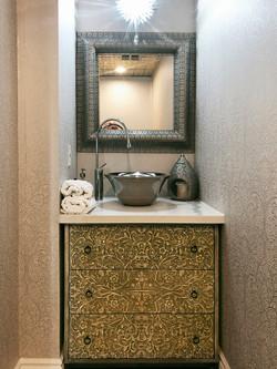 Condo total renovation in Oriental style