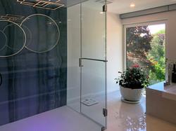 Spaciouse Bathroom with panoramic view