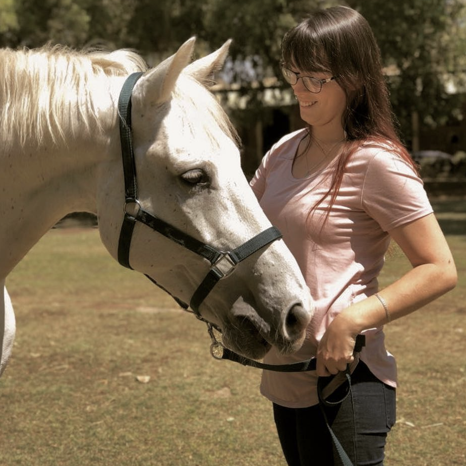 Kayla-Rae Bradfield and Blue Jeans for Life Equestrian Bonding Highlight