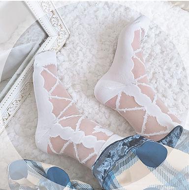 Bow Cross Ankle Socks