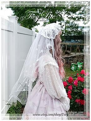 Precious Long Floral Veil