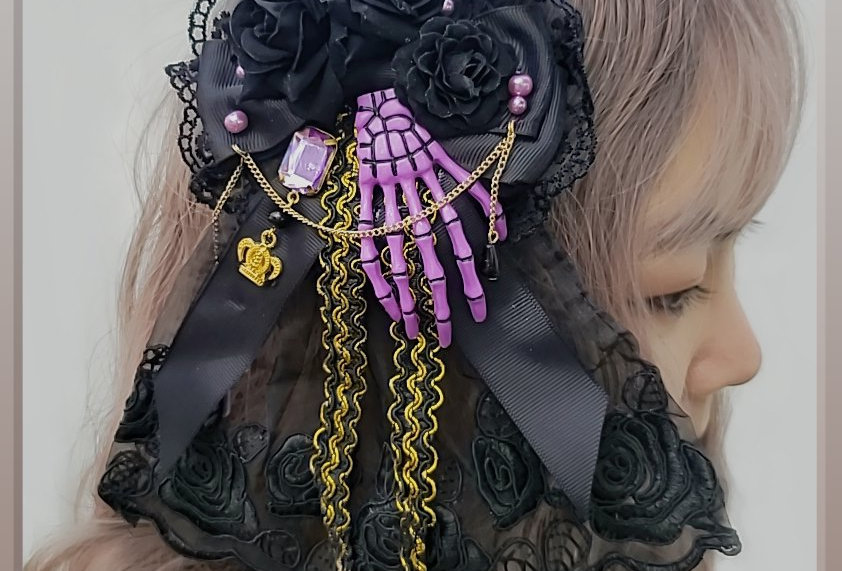 Gothic Skeleton Hand Veil