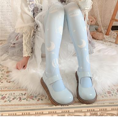Creamy Planet Knee High Socks