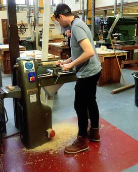 Turning wood on Lathe