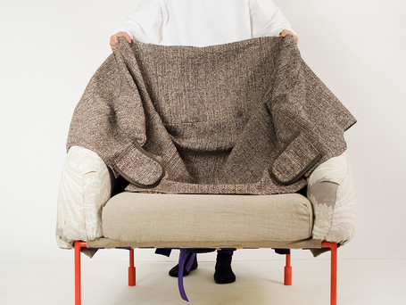 Wearable Upholstery_by Yumeng Gai