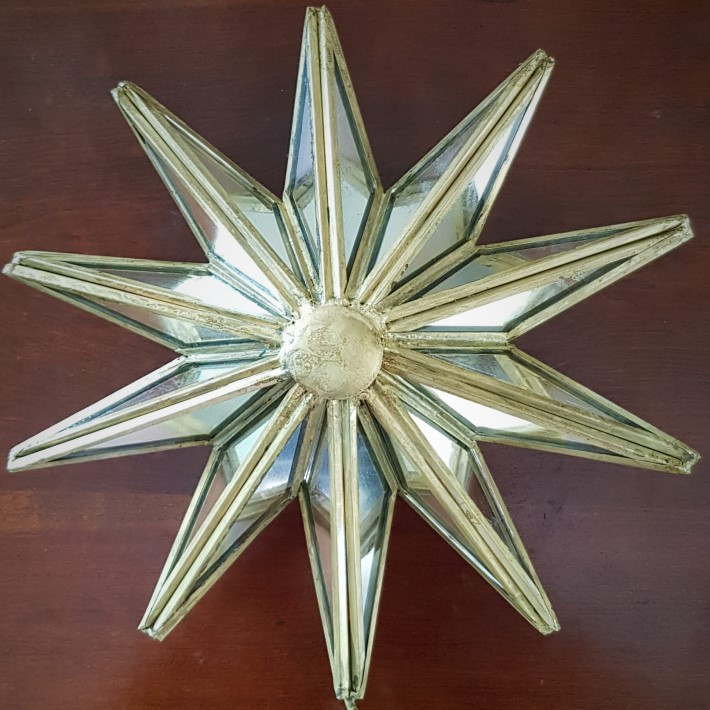 Christmas star round adjusted