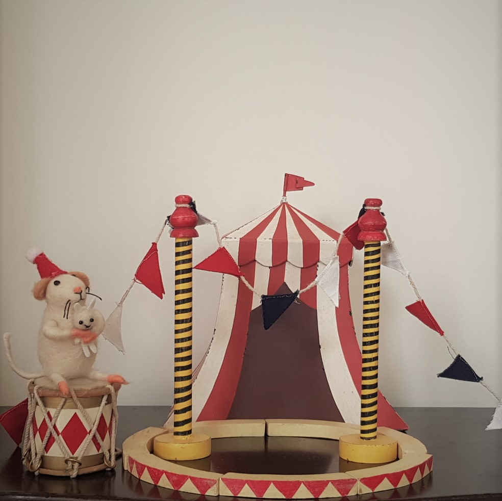 circus full half
