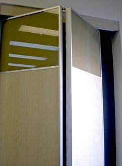2-Tone Bi-Fold Doors