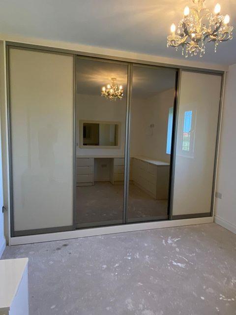 sliding wardrobe bedroom
