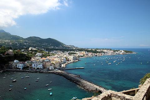 ischia-1788335_1920.jpg