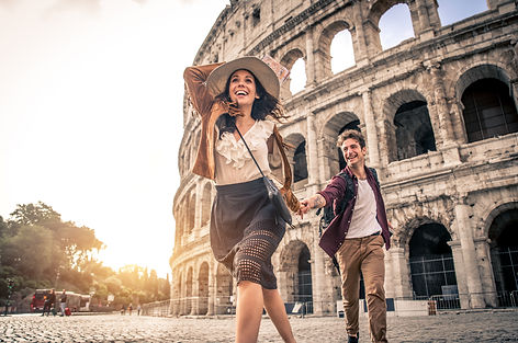 Young couple at the Colosseum, Rome - Ha