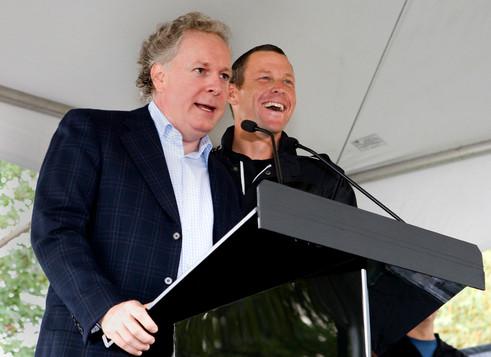 Premier ministre du Québec Jean Charest et le champion cycliste Lance Armstrong / Tous droits réservés © Copyright L1Visuel Graphomax