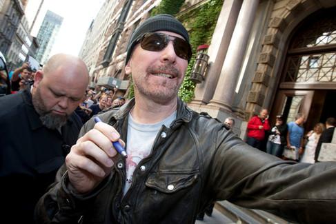Ted Edge, groupe U2 / Tous droits réservés © Copyright L1Visuel Graphomax
