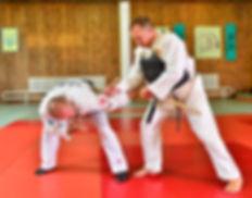 Рукопашный бой и самооборона Обучение технике выживания на улице