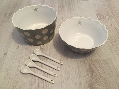Set of 4 White Ceramic Spoons