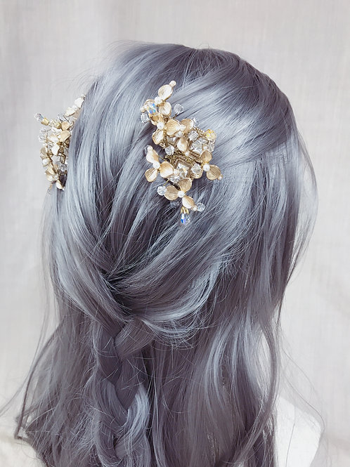 Love in Spring Hair Comb / Bridal Comb