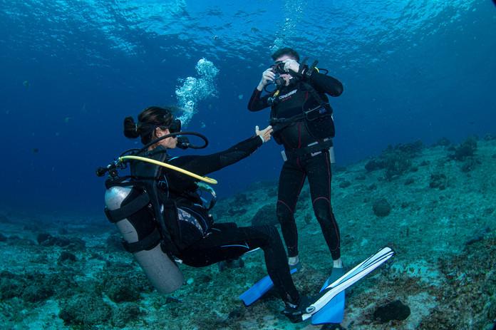 divers Cozumel.jpg