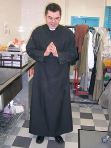 2007 Keep Smiling - Vicar.jpg