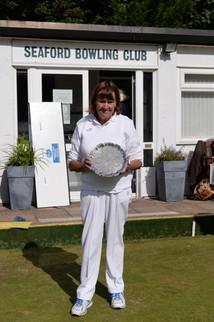 Ladies 2 Bowls Winner S.Perring_.JPG