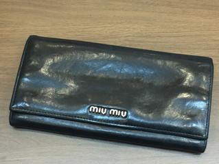 ミュウミュウの財布を買取させて頂きました。