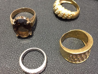 金とプラチナのリングを買取させて頂きました。
