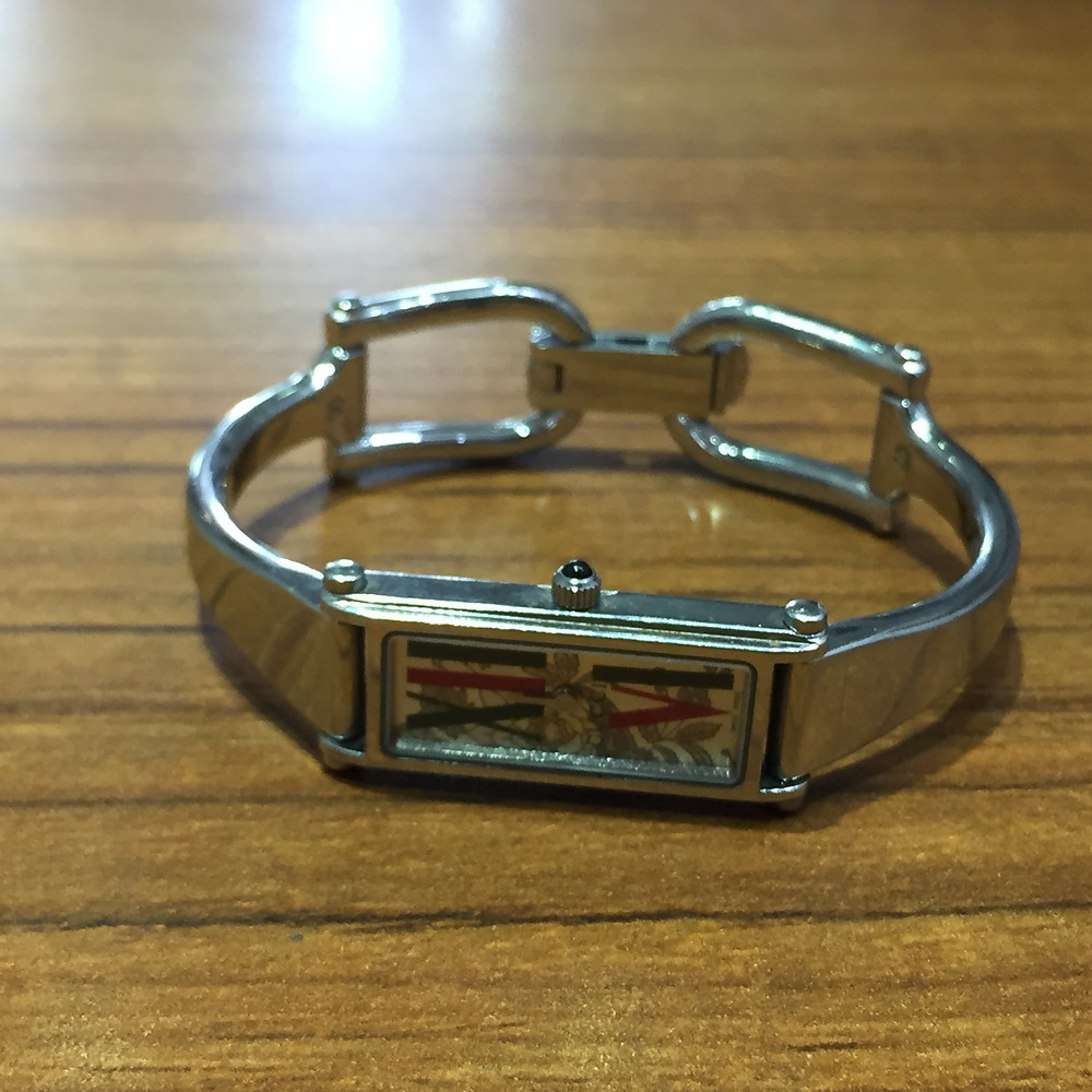 ブランドスターズサンシティ池田店で買取したグッチの時計の写真