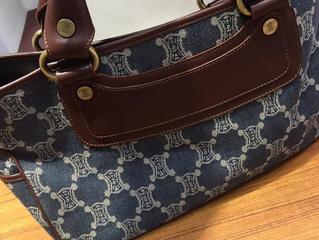 セリーヌのバッグを買取させて頂きました。