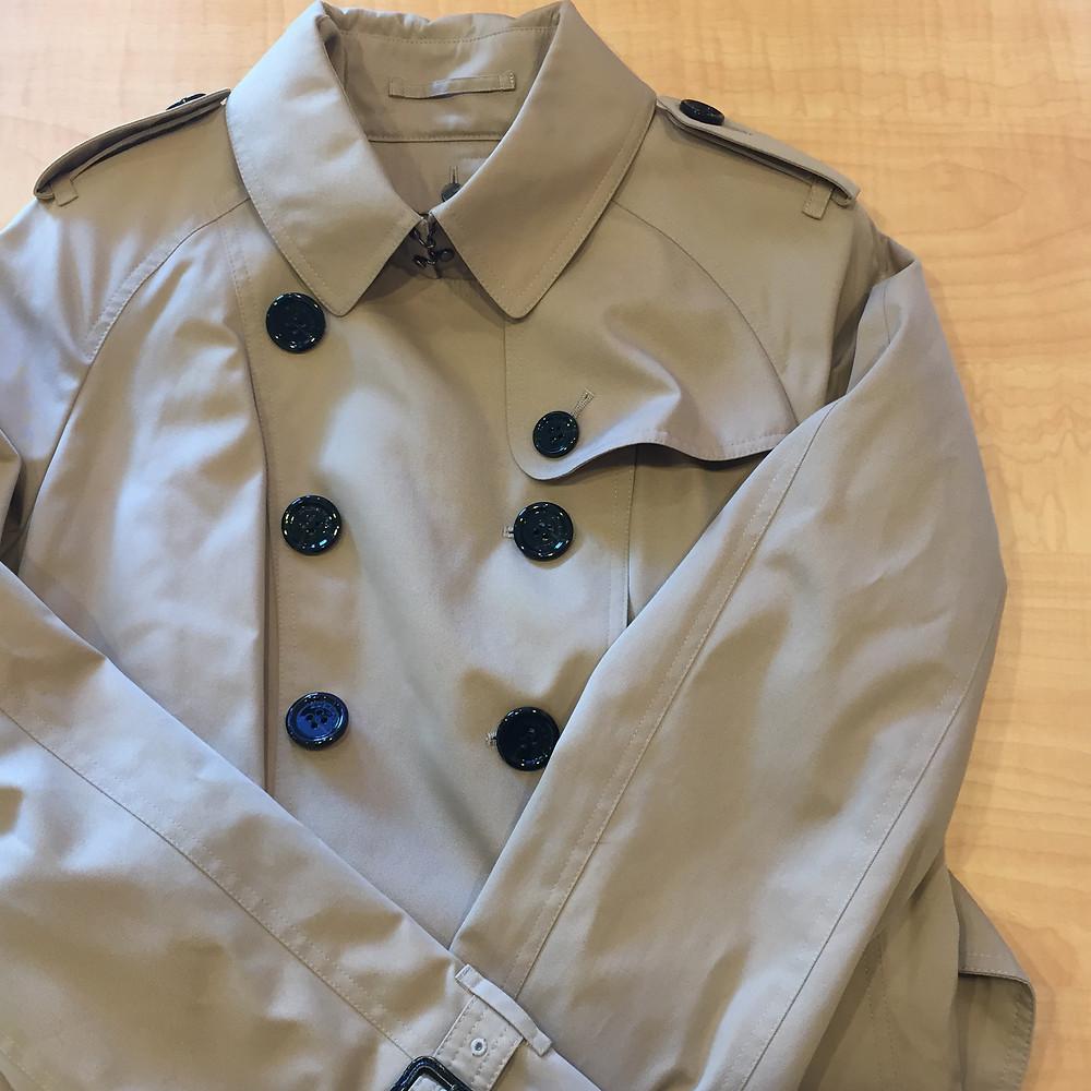 ブランドスターズ豊中東泉丘店で買取したバーバリーのコートの写真