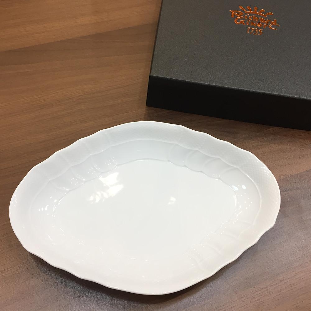 ブランドスターズで買取したリチャードジノリの食器の写真
