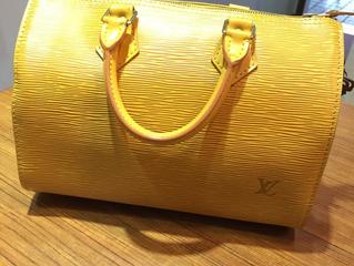 ヴィトンのバッグをお売り頂きました。
