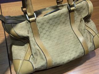 グッチのバッグを買取させて頂きました。