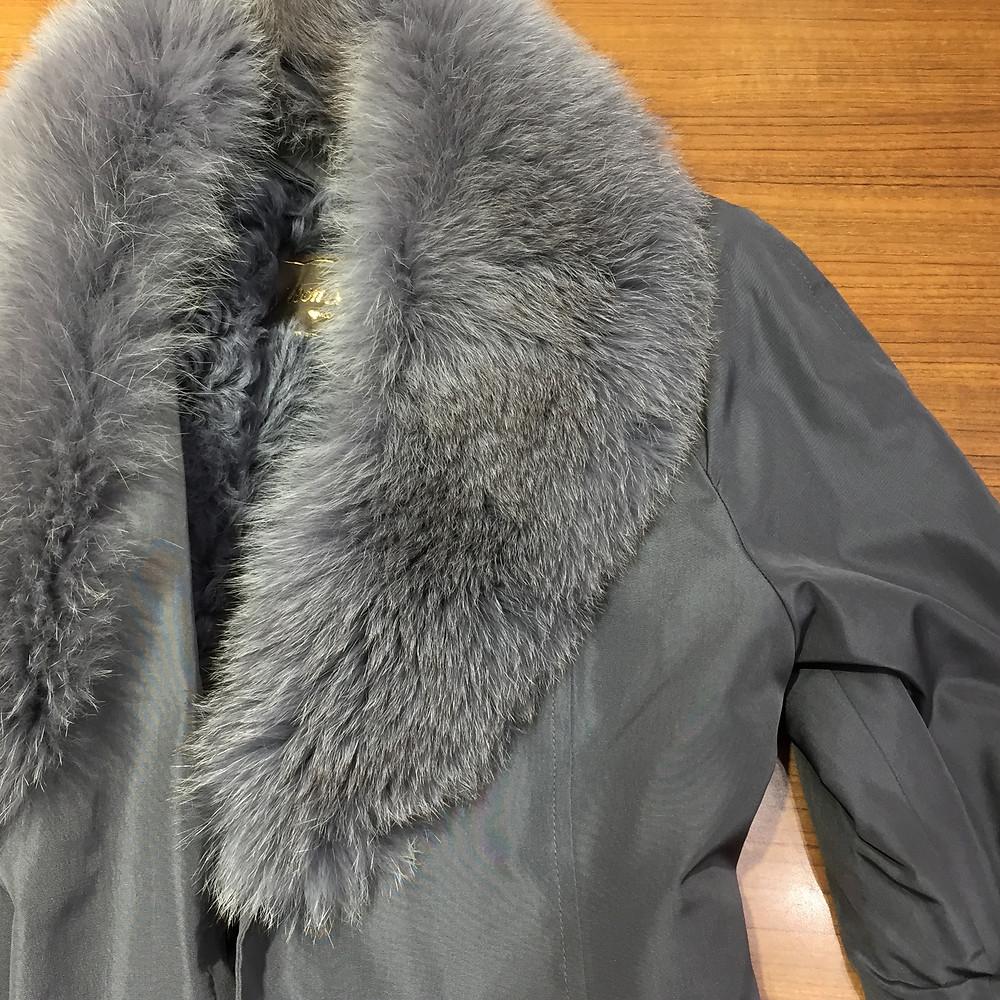 ブランドスターズサンシティ池田店で買取したムーンバットのコートの写真