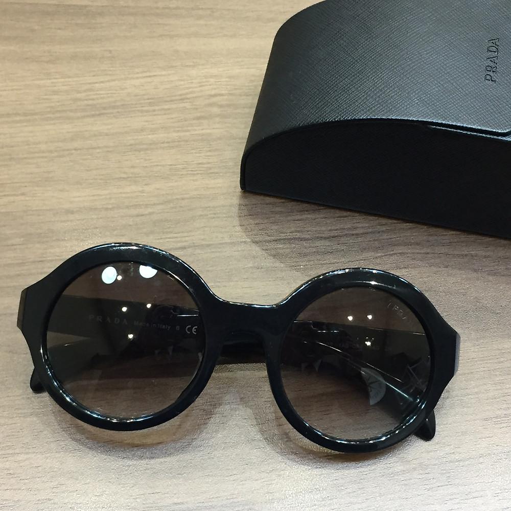ブランドスターズで買取したプラダのサングラスの写真