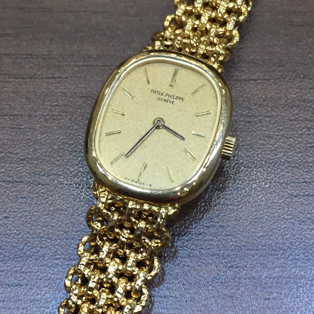 ブランドスターズで買取したパテックフィリップの時計の写真