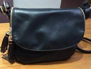 グッシオのバッグを買取させて頂きました。