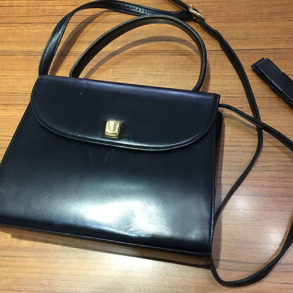 ブランドスターズサンシティ池田店で買取したシャルルジョルダンのハンドバッグの写真
