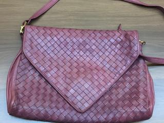 ボッテガヴェネタのバッグを買取させて頂きました。