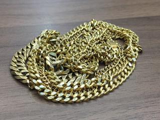 18金のネックレスを買取させて頂きました。
