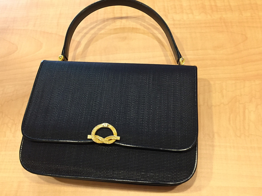 ブランドスターズ豊中東泉丘店で買取したコンテスのバッグの写真