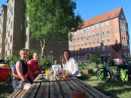 Op de fiets naar Kopenhagen | Erpse fietsers ontvangen bij dochter Ad van Empel