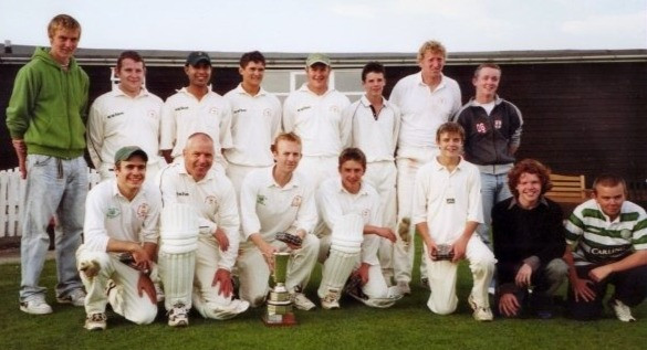Second teams, second division winners 2004