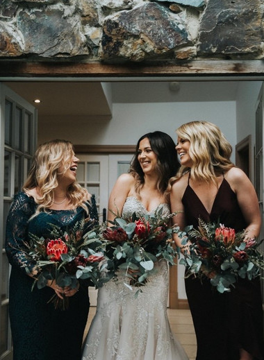 ladies with bouquet