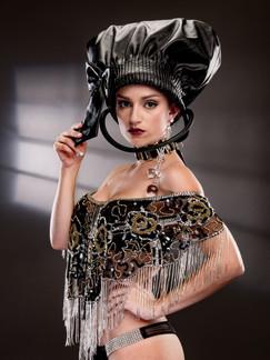 Photo of woman in black hat - Medford photographer John Neilson