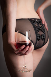 Black bow panty with wine