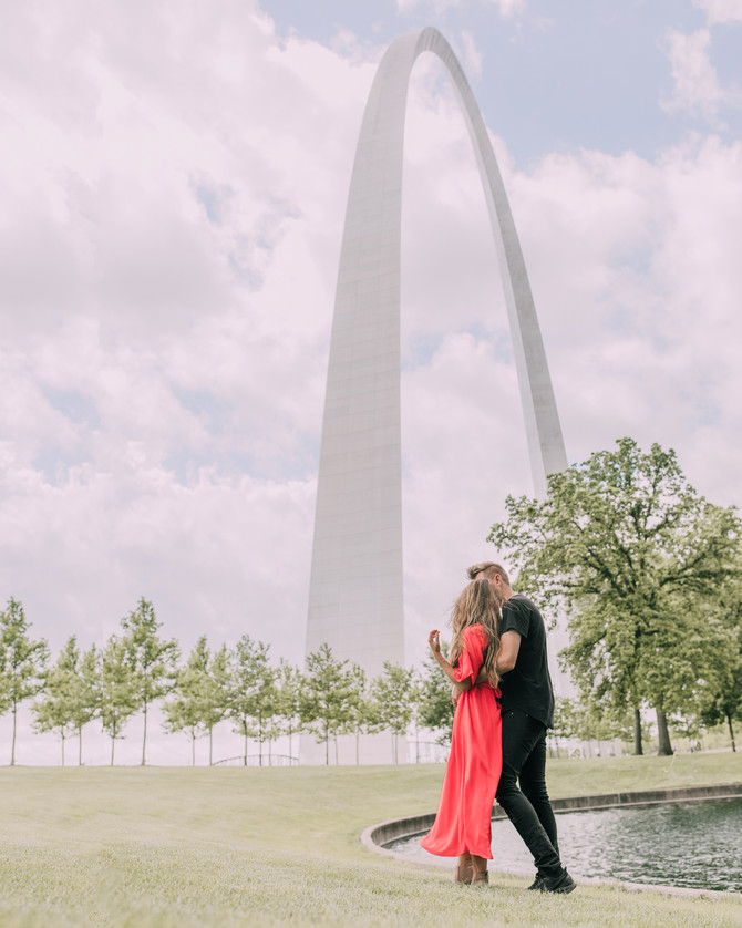 A Summer in St. Louis: A Couples Getaway Guide