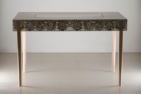 طاولة ستانلس ليز