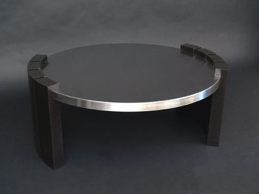 طاولة ستانلس ستيل